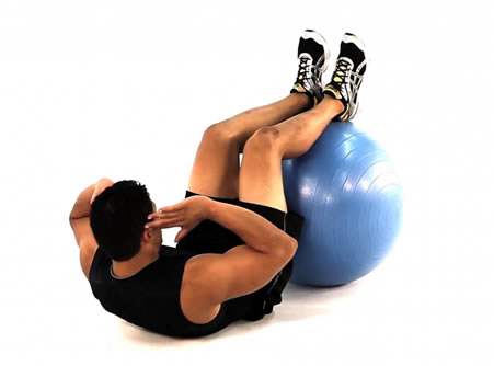 crunches-fitness-ball